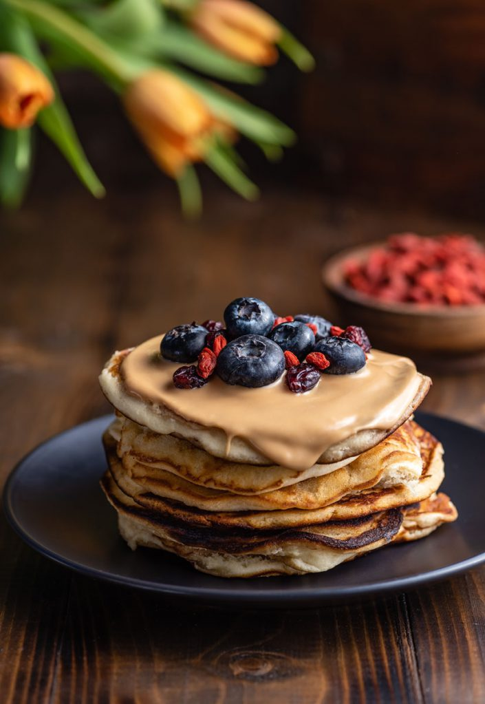 pancakes with greek tahini and berries